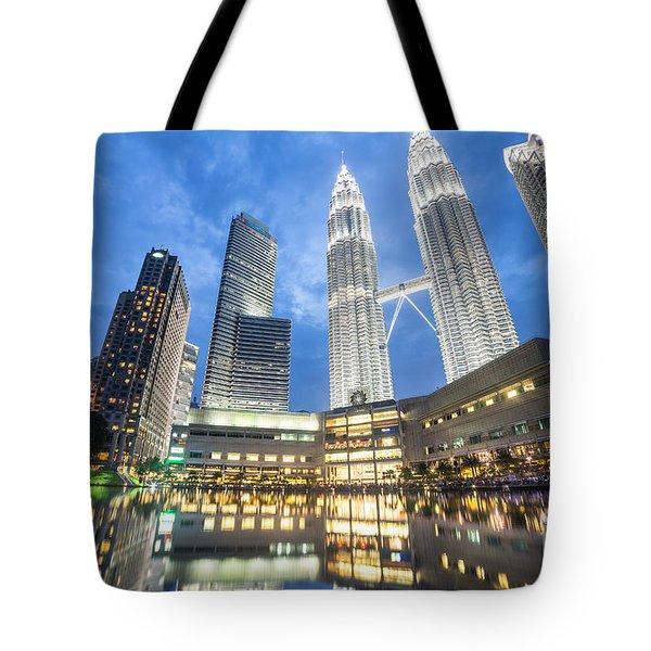 Kuala Lumpur Petronas Towers Tote Bag