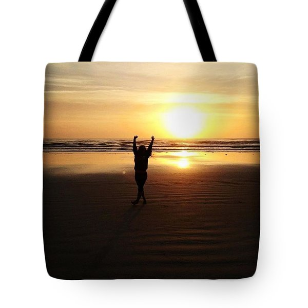 Happy By The Sea Tote Bag