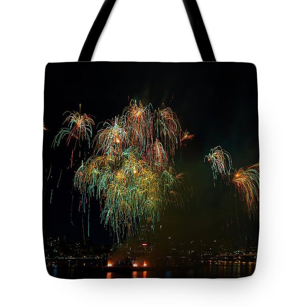 4th Of July Fireworks From The Barge Portland Oregon Tote Bag by David Gn