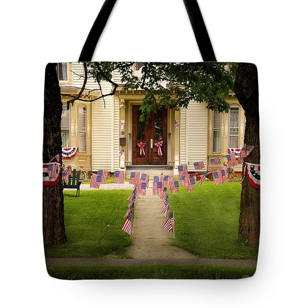 4th Of July Home Tote Bag by Craig J Satterlee