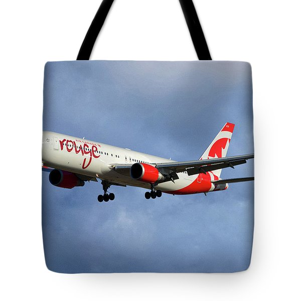 Air Canada Rouge Boeing 767-333 117 Tote Bag