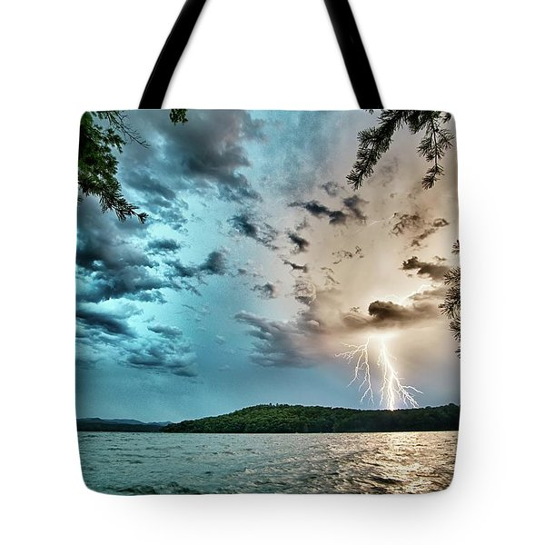 Beautiful Landscape Scenes At Lake Jocassee South Carolina Tote Bag