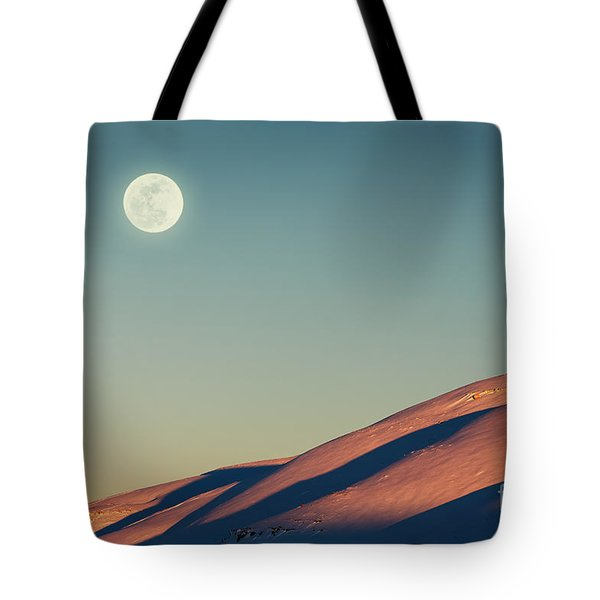 Beautiful Winter Landscape Tote Bag