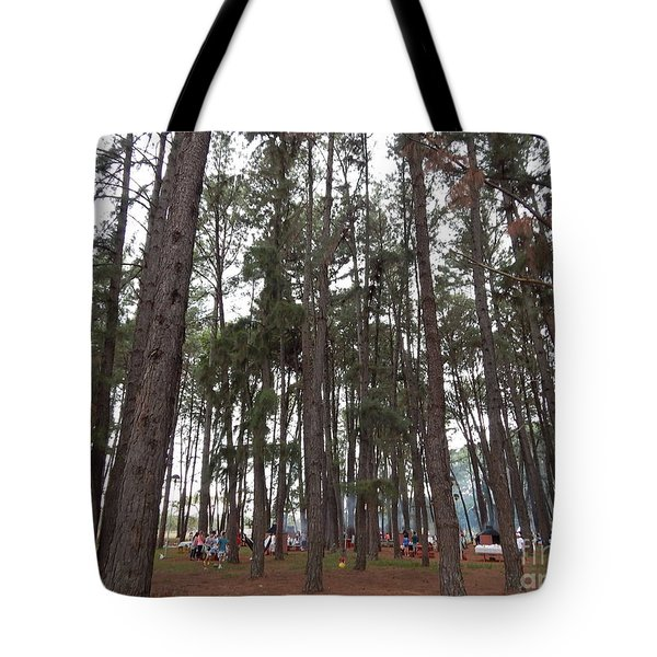 Tote Bag featuring the photograph Giant by Beto Machado