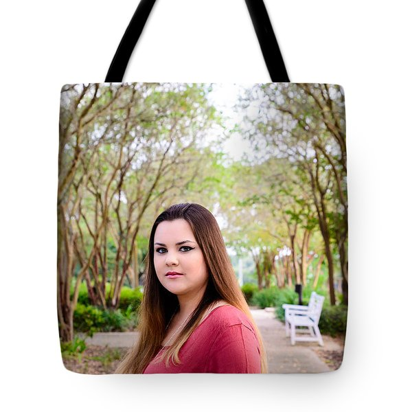 5530 Tote Bag