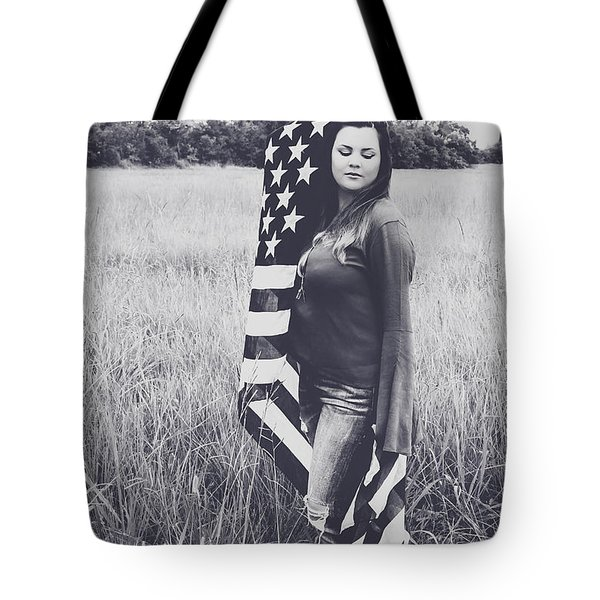 Tote Bag featuring the photograph 5624-4 by Teresa Blanton