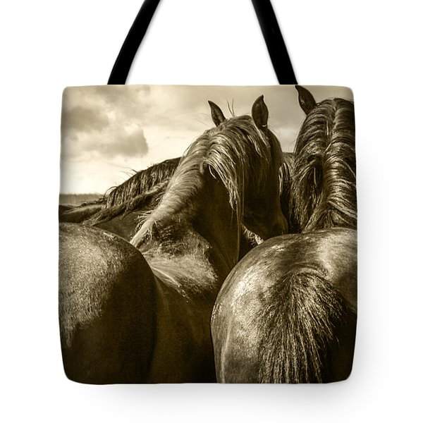 #5815 - Mortana Morgan Mares Tote Bag