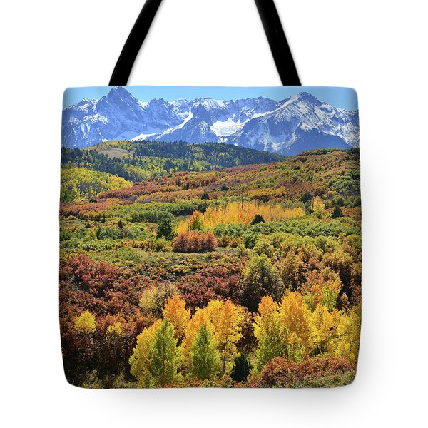 Tote Bag featuring the photograph Dallas Divide by Ray Mathis