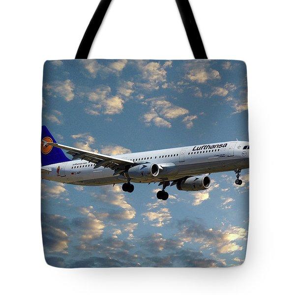 Lufthansa Airbus A321-131 Tote Bag