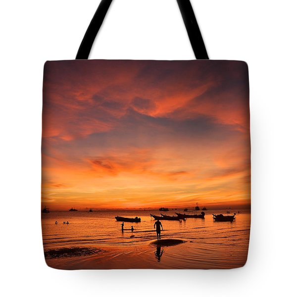 Sunrise On Koh Tao Island In Thailand Tote Bag