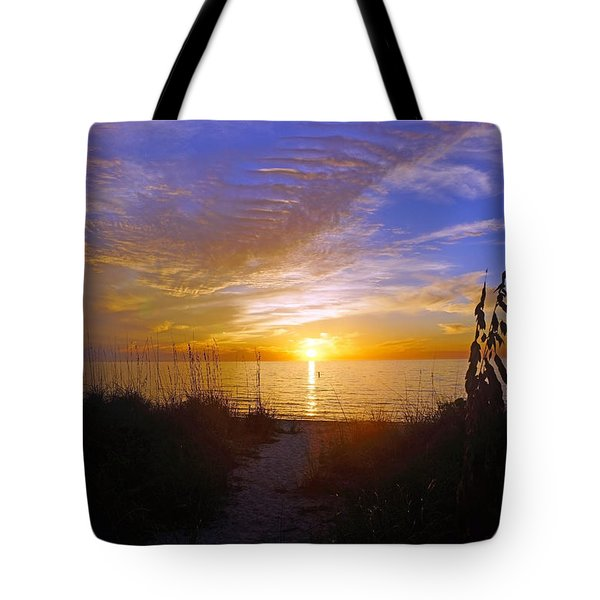 Sunset At Delnor Wiggins Pass State Park In Naples, Fl Tote Bag