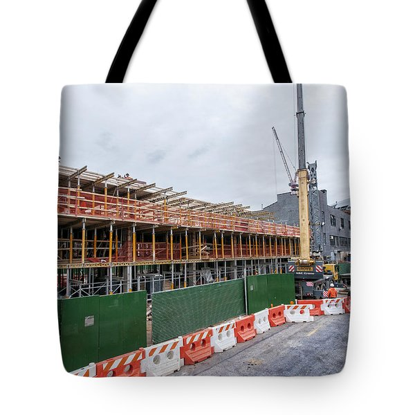 670 Pacific 1 Tote Bag