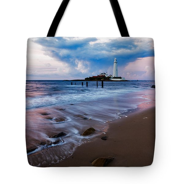 Tote Bag featuring the photograph Saint Mary's Lighthouse At Whitley Bay by Ian Middleton