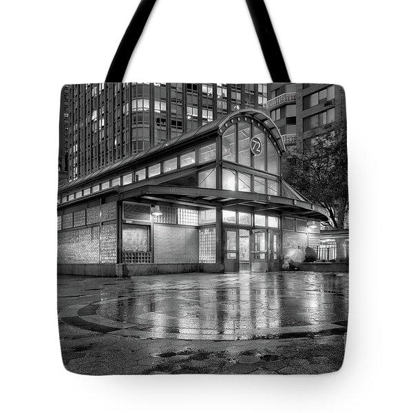 72nd Street Subway Station Bw Tote Bag