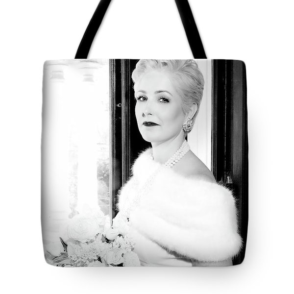 90_7867_b1 Tote Bag by D Wallace