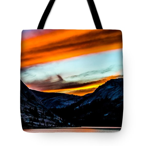 A Beautiful Jet Stream At Sunrise Tote Bag by Brian Williamson