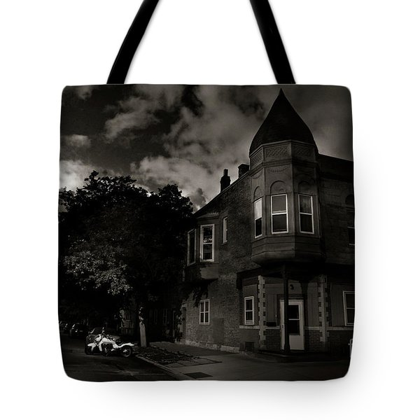 A Castle In The Hood Tote Bag