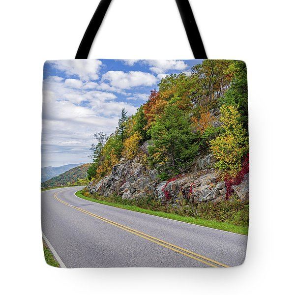 Tote Bag featuring the photograph A Colorful Curve On Skyline Drive by Lori Coleman