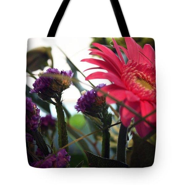 A Daisy And Friends Tote Bag by Karen Nicholson