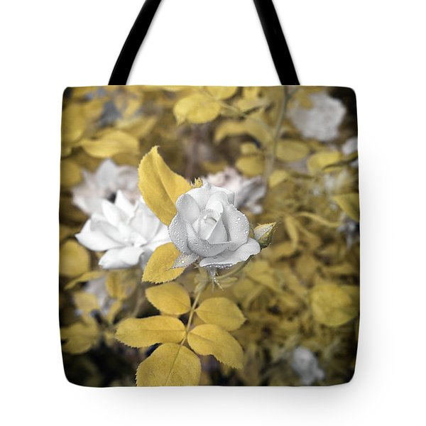 A Day In The Garden Tote Bag