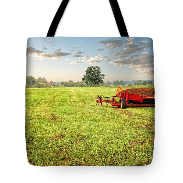 Tote Bag featuring the photograph A Field At Sunrise by Lars Lentz