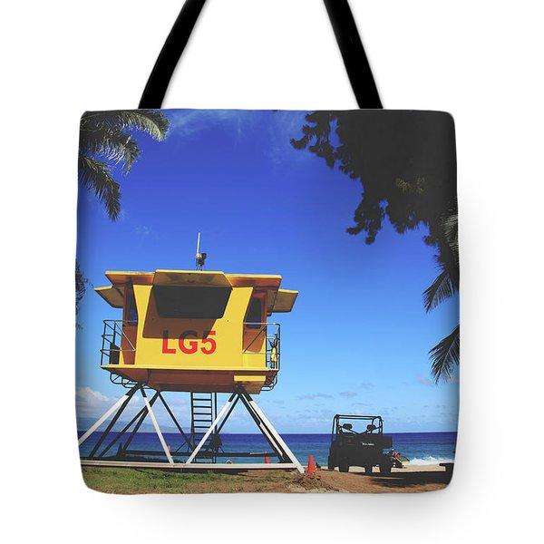 A Hawaiian Beach Day Tote Bag