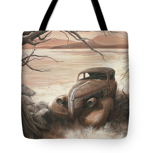 A Lakeshore Drive Tote Bag by Janice Smith