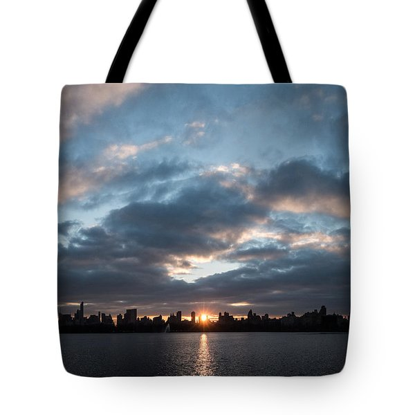 A Manhattan Sunset Tote Bag