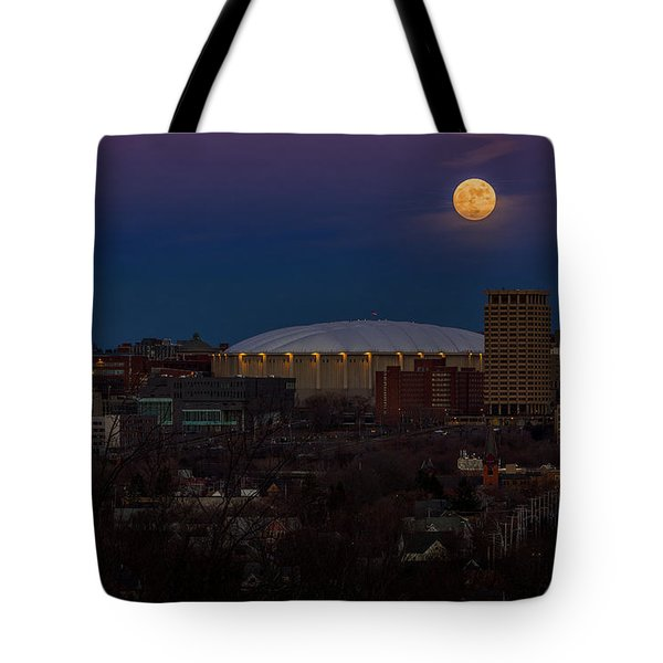 A Night To Remember Tote Bag by Everet Regal