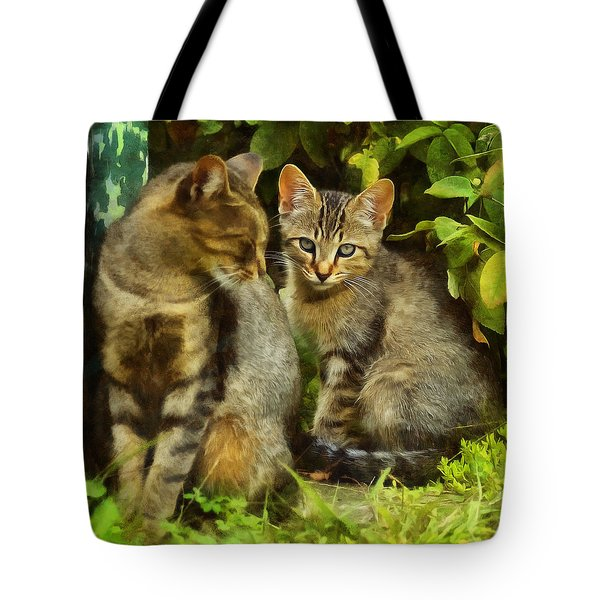 A Pair Of Feral Cats Tote Bag