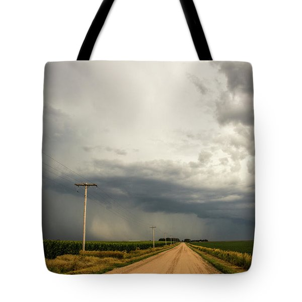 A Passion For Shelf Clouds 001 Tote Bag