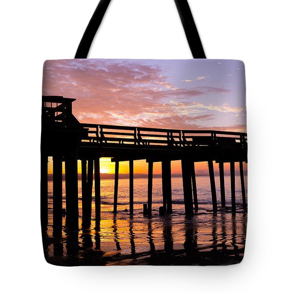 Tote Bag featuring the photograph A Quiet And Beautiful Start by Lora Lee Chapman