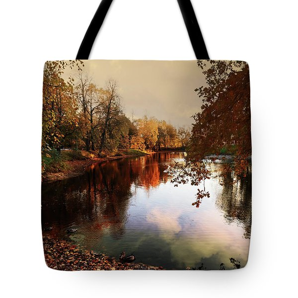 a quiet evening in a city Park painted in bright colors of autumn Tote Bag
