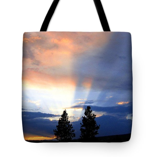 A Riveting Sky Tote Bag