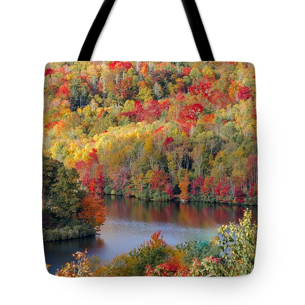 A Tennessee Autumn Tote Bag