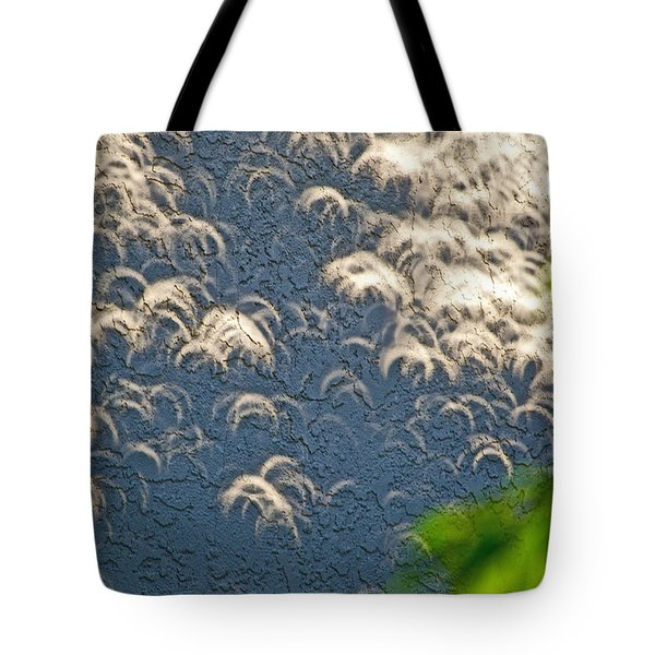 A Thousand Suns - Ring Of Fire Eclipse 2012 Tote Bag by Bill Owen