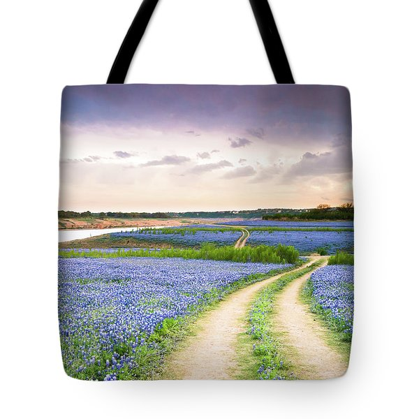 A Trail In The Middle Of Bluebonnet Field - Texas Wildflower Tote Bag