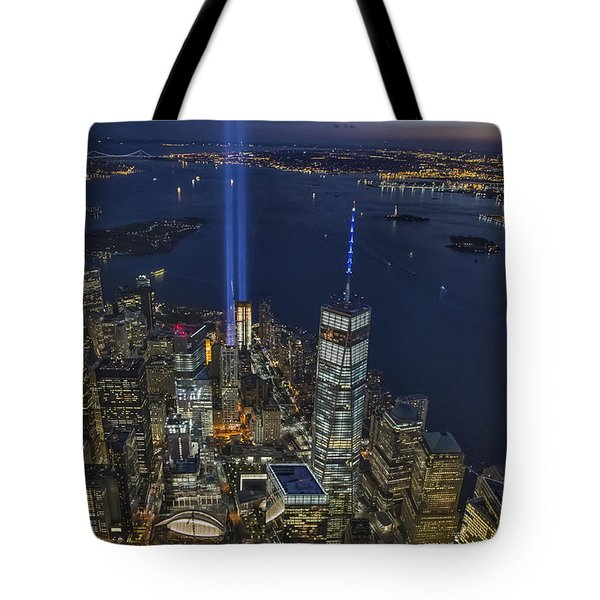 A Tribute In Lights Tote Bag by Roman Kurywczak