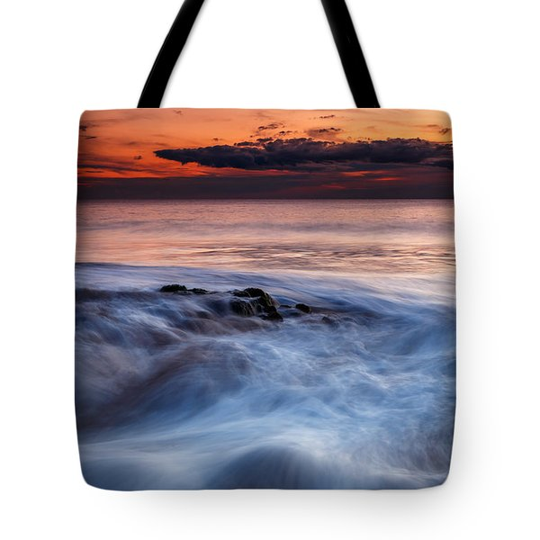 A Wave At Sunset Tote Bag