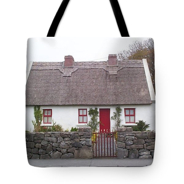 A Wee Small Cottage Tote Bag