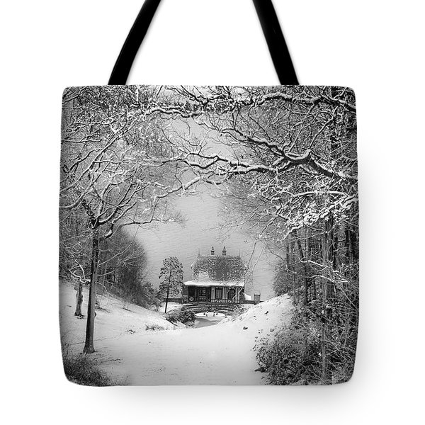 A Winter's Tale In Centerport New York Tote Bag