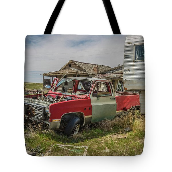 Abandoned Car And Trailer In The Ghost Town Of Cisco, Utah Tote Bag