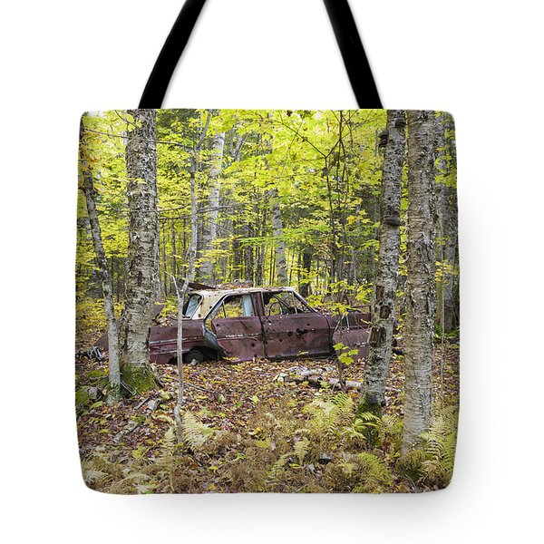 Abandoned Car- Woodstock New Hampshire Tote Bag