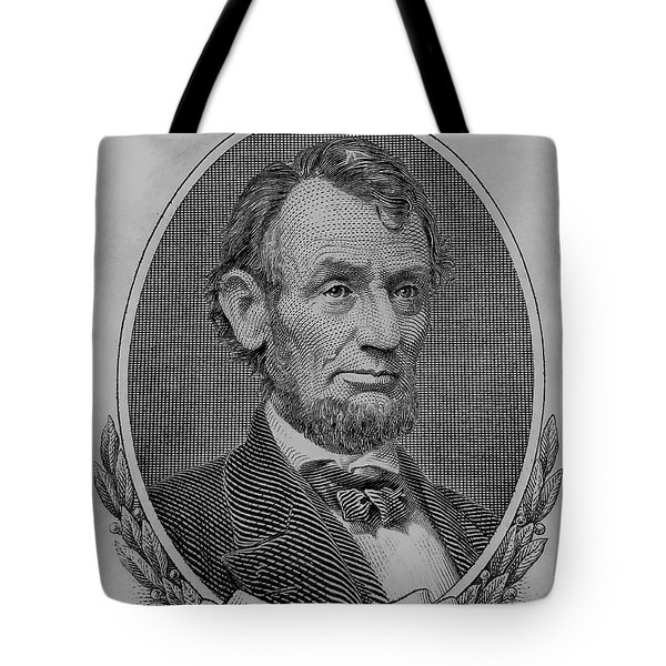 Tote Bag featuring the photograph Abe On The 5 B W by Rob Hans