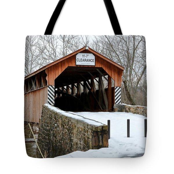 Academia Covered Brigde Tote Bag