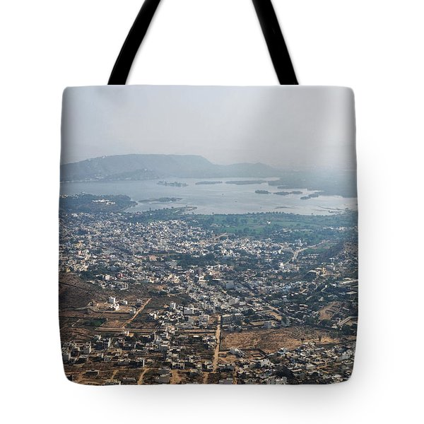 Tote Bag featuring the photograph Aeriel View Of Udaipur From Monsoon Palace by Yew Kwang