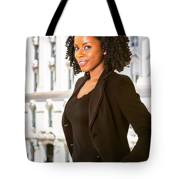 African American Businesswoman Working In New York Tote Bag
