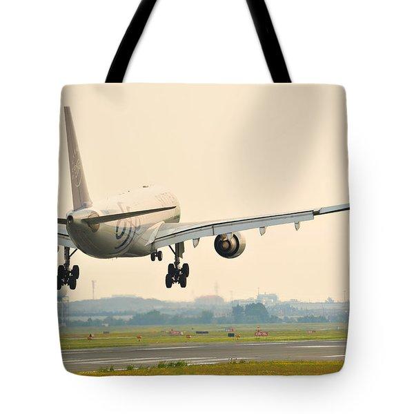 Alitalia Skyteam A330-200 Tote Bag