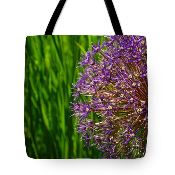 Allium Explosion Tote Bag