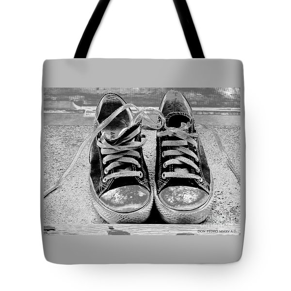Old Sneakers. Tote Bag by Don Pedro De Gracia
